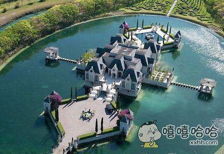 土豪家的别墅