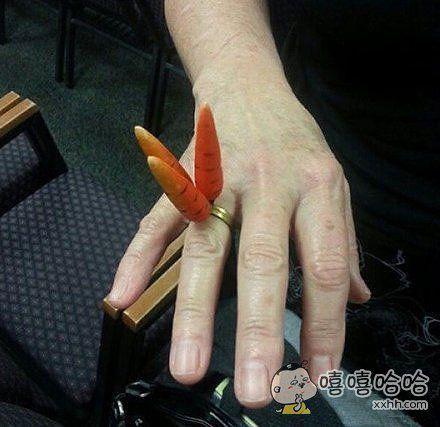 结婚纪念戒指好像哪里怪怪的