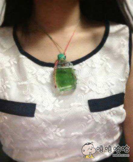 祖传超大祖母绿宝石项链