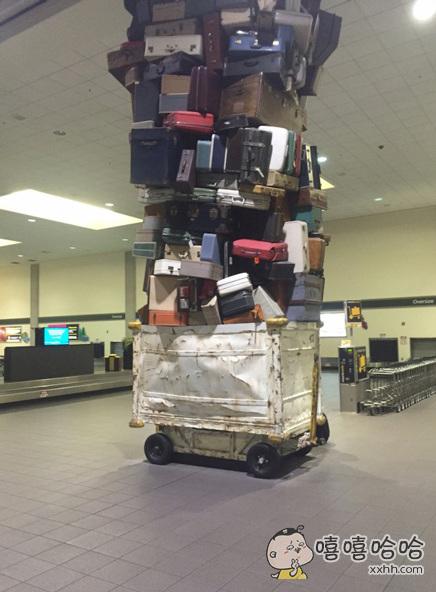 原来行李是这么被托运的。。