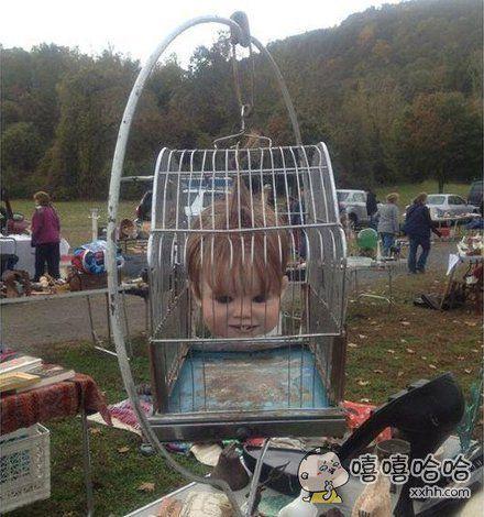 谁家的娃娃跑出来了,吓死爹了!。