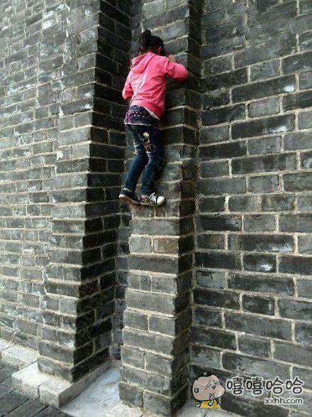 小小年纪就有女汉子的潜质