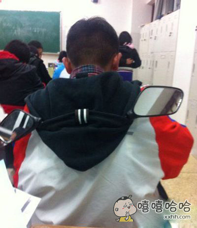 再也不用担心教室后门偷看的班主任了!