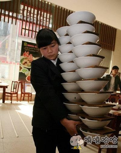某米粉店服务员,高手在民间啊