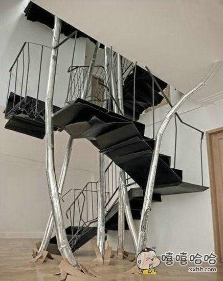 这楼梯你敢上吗?