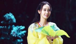 当韩国女星穿上中国汉服