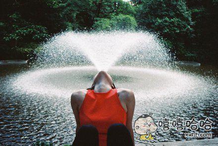 好逼真的喷泉