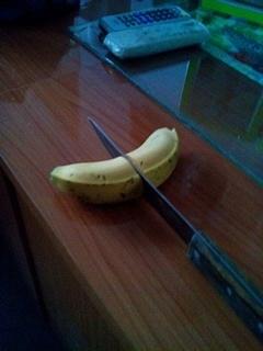 好猛的一刀啊!吓出翔来了。