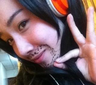 有了小胡子之后,我变得更成熟了