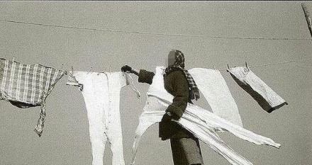 东北家庭主妇冬天收衣服实拍。。。