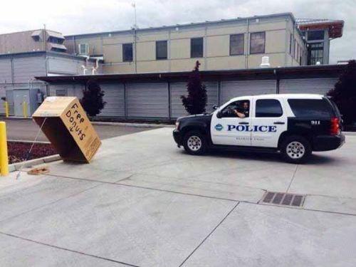 警察蜀黍,这样就能抓到偷甜甜圈的小偷了么?