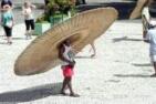 走了这个帽子以后我再也不怕太阳晒了。