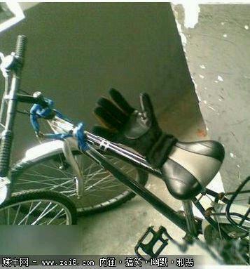 好霸气的自行车。。。。。。。。