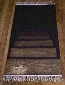 刚进朋友家,被他家地毯吓尿。。。