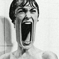早上一男生给一女生打电话,男生:昨晚做梦梦到你了,今早起来裤裆湿了一大片。 女生害羞的答到:讨厌,梦到我什么了? 男生:梦到你卸妆了,都给我吓尿了....                                                                                                                                                                                                                                                                                                                                  女生:.......滚!