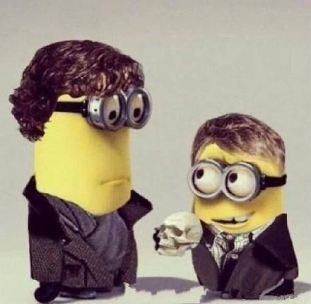 《卑鄙的我》Sherlock的cos!!小黄人出的神COS 哈哈哈哈哈!萌出血了!!两只不能更像!