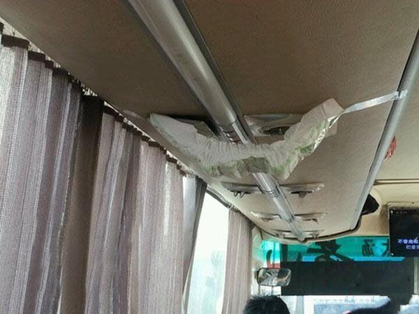 客车空调漏水,结果司机大哥想出了个好法子,碉堡了!(