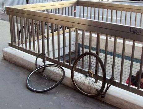 其实·我要的是你的车··不是你的轮!!(图是找的,为了开心,看过的就跳吧,谢谢)