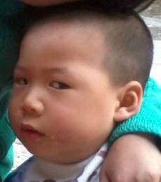 LZ女.今天跟3岁侄子说:我爱你!他一副嫌弃的表情