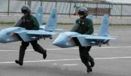 朝鲜的飞行员正在训练,准备给不知死活的敌人迎头痛击!