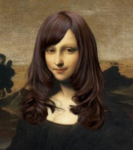 给蒙娜丽莎小姐梳了个刘海,还染了发,烫了个卷儿,看起来还不错吧,哈哈~