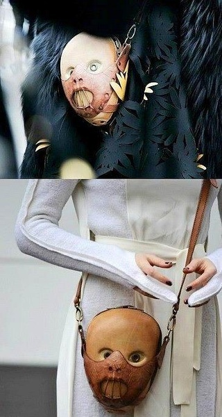 人皮挎包?!时尚界越来越尼玛惊悚了~~~