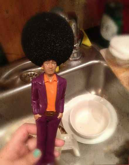 同学家里刷碗的东西。。。笑疯了。。。