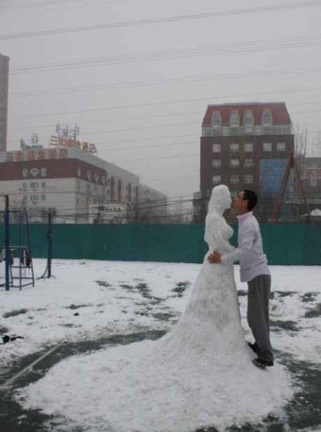 男屌丝与雪美人。 (via:suppose_J)