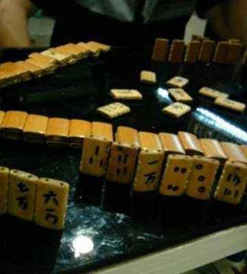 这是有多喜欢打麻将啊……
