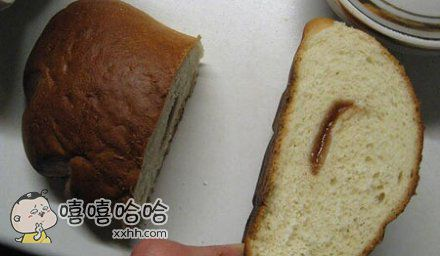 刚买的夹心面包。。。。