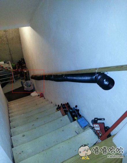 懒的最高境界,问朋友你家这个管子干嘛用的?答:扔啤酒瓶儿
