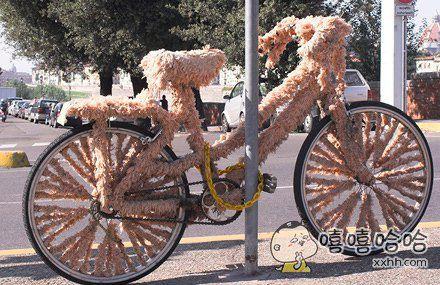 这自行车穿着家居服就出来了呢