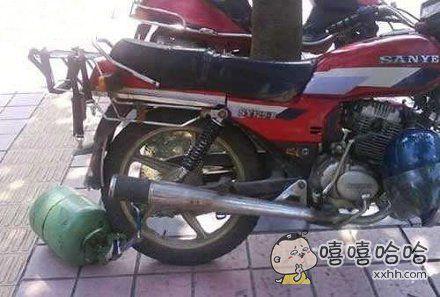 这样的摩托车,没点胆真不敢偷。
