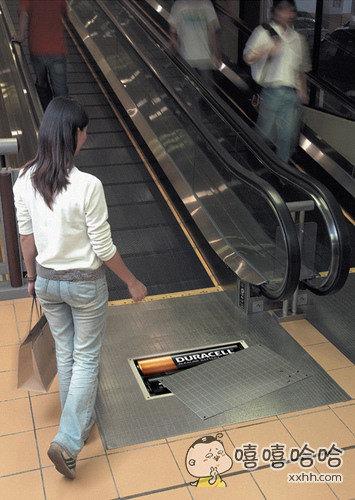 用电池驱动的电梯,绝无仅有。
