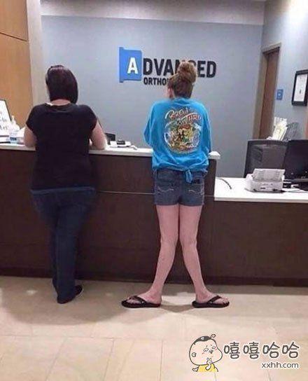 美人鱼得到了双腿却没看使用说明