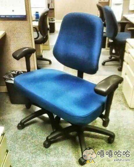 双胞胎椅子,专为胖子准备