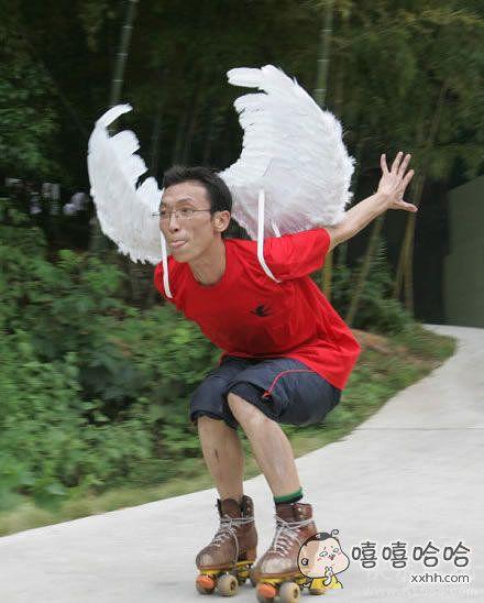 有翅膀的不一定是天使,也可能是鸟人。