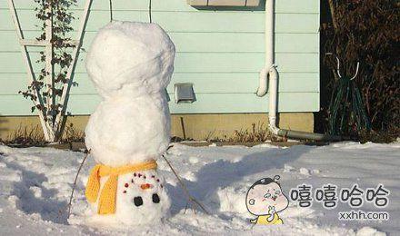 勤练苦功的雪人。