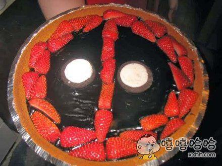这蛋糕也忒吓人了