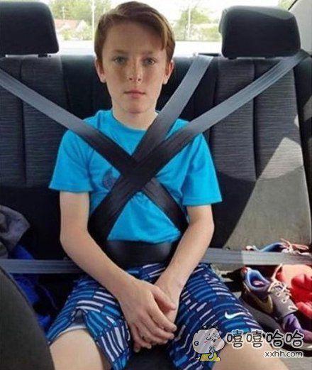 朋友刚考完驾照说要带我出去兜兜风