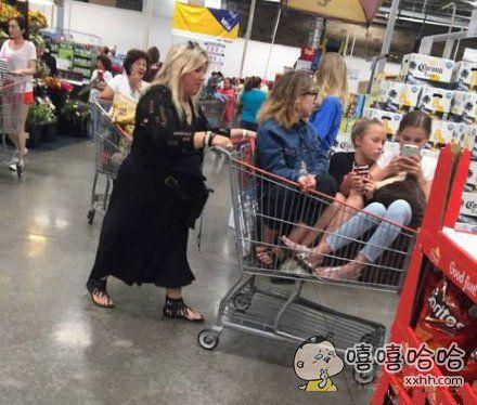 麻麻带孩子日常。。。