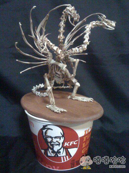 岛国手工达人用KFC鸡骨头,制作了宇宙怪兽基多拉。。。