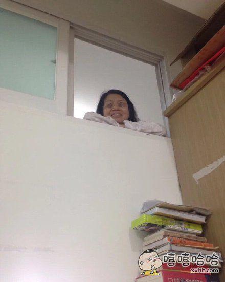 道高一尺魔高一丈……自习偷偷玩手机时。。。。。。。。内脏都能被班主任吓出来