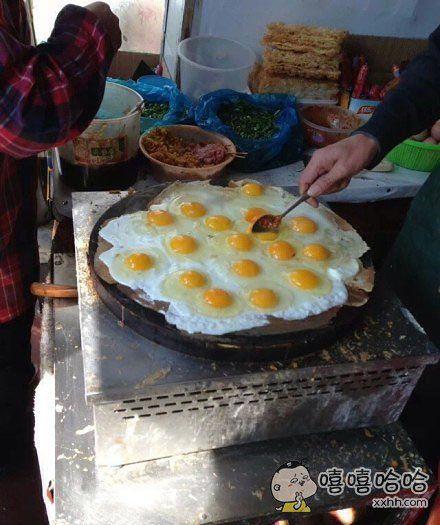 一份加了17个鸡蛋的煎饼果子。