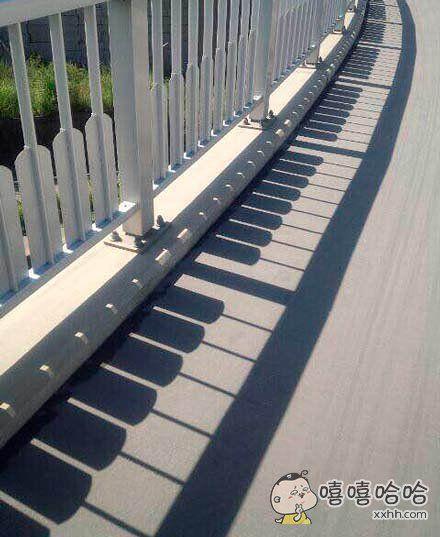 感觉一路踩过去,会有音乐响起来